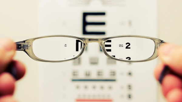 5 Reasons to Schedule a Back to School Eye Exam